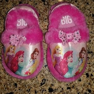 Disney,  toddler girl Princess slippers, Size 7/8